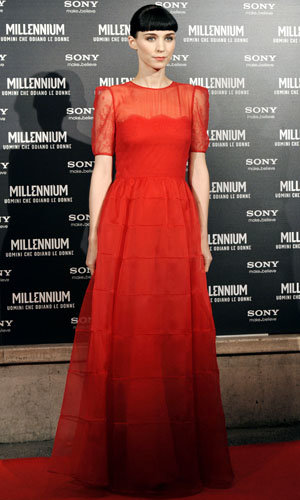 Rooney Mara wows in Valentino as The Girl with the Dragon Tattoo premieres in Rome