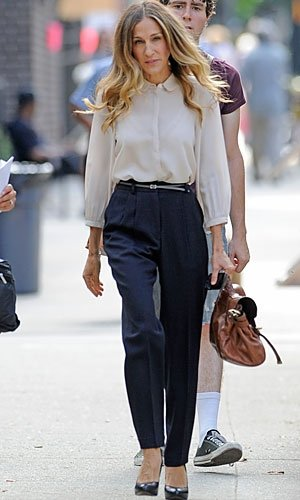 Sarah Jessica Parker looks sleek on set of I Don't Know How She Does It
