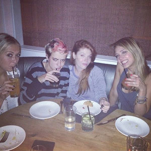 Jessica Alba and Samantha Ronson hang out in New York!