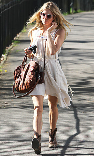 SEE PIC: Sienna Miller goes back to boho in the sun