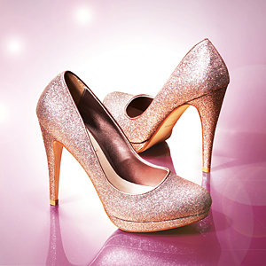 """Dune launches """"Sparkling Shoes"""" with Nicola Roberts"""