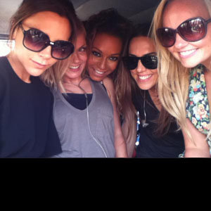 The Spice Girls share behind-the-scenes pics from their reunion!