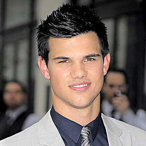 WOW! Taylor Lautner talks Twilight, dating fans and Abduction!