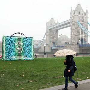 SPOTTED! Giant bags brighten up London in the run up to Versace for H&M launch