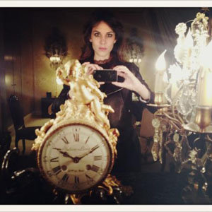 Alexa Chung shares Twitter pics of the Chanel haute couture show!