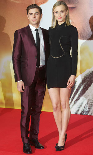 Zac Efron and Taylor Schilling hit The Lucky One premiere!