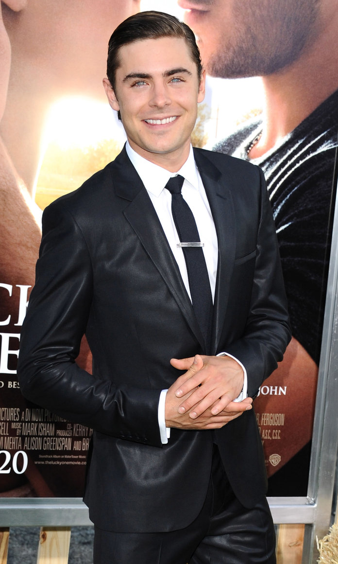 Zac Efron hits LA premiere of The Lucky One