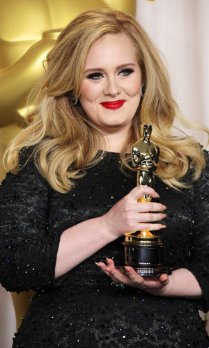 Get Adele's Oscars hair and make-up look