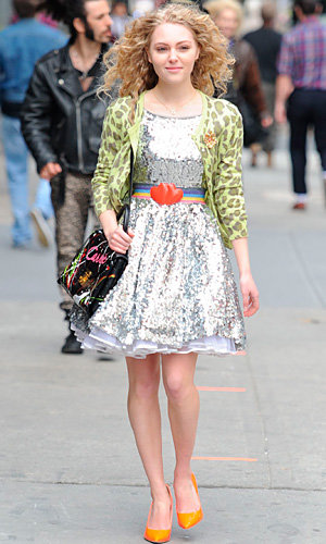 Latest pics from The Carrie Diaries set!