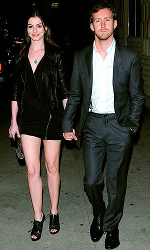 CONGRATULATIONS: Anne Hathaway is engaged to Adam Shulman