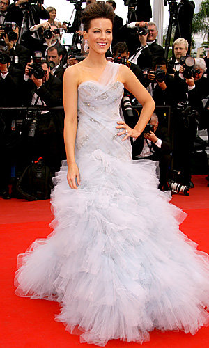 Cannes Film Festival 2010: The fab frocks are out!
