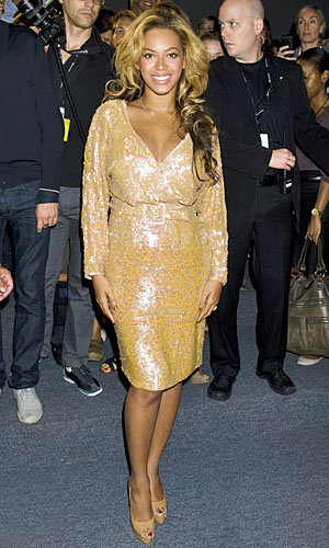 Beyonce hits New York Fashion Week with a style hat-trick!