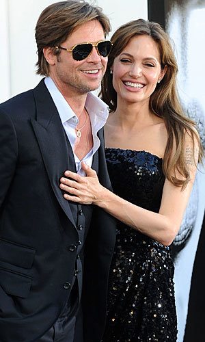 Brad and Angelina hit the red carpet for Salt premiere