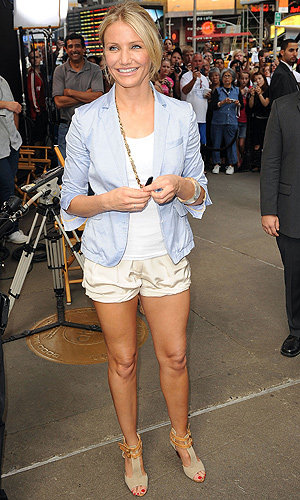 Cameron Diaz WOWS in shorts on Good Morning America