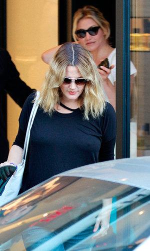 Drew Barrymore and Cameron Diaz go for final wedding dress fitting!