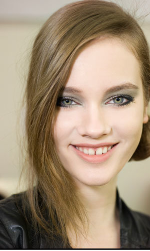 BEAUTY EXCLUSIVE: Backstage pics at Chanel AW11