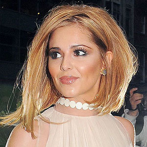 WOW! Cheryl Cole works new blonde hair!