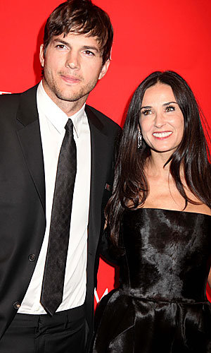 Ashton Kutcher and Demi Moore announce Master Cleanse diet on Twitter