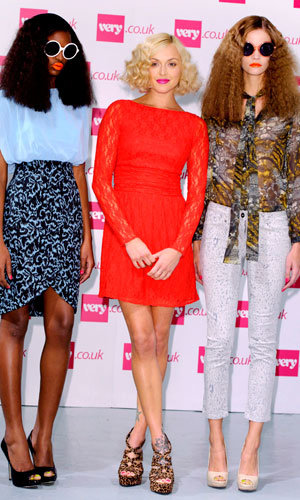 Fearne Cotton goes for vintage-inspired hair at the launch of her new Very collection!