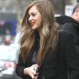 Fearne Cotton ditches blonde for new brunette hairstyle