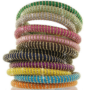 Carolina Bucci designs bracelets for Global Action for Children