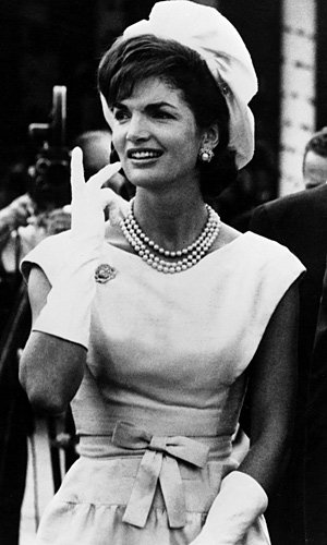 Jackie Kennedy's 'fake' pearls go on sale