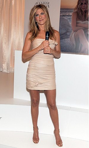 Jennifer Aniston launches debut fragrance at Harrods