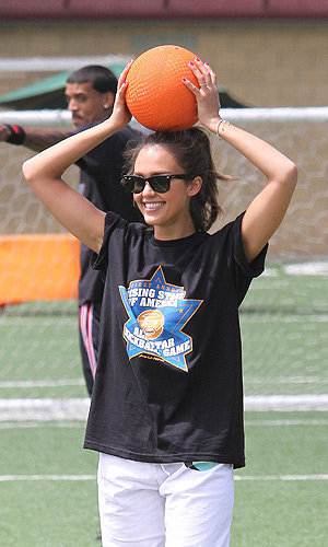 Jessica Alba plays kickball for charity