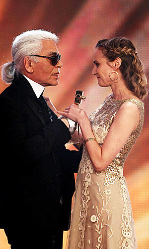 Karl Lagerfeld presents Goldene Kamera award to Diane Kruger