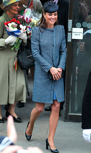 Back in blue, Kate Middleton works Missoni for the Jubilee Tour!