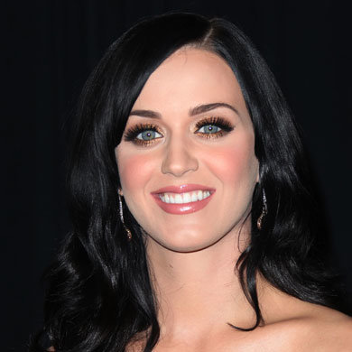Get Katy Perry's glam-gold eyes