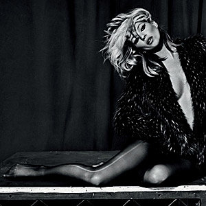 SEE Kate Moss's new A/W 09 Topshop collection!