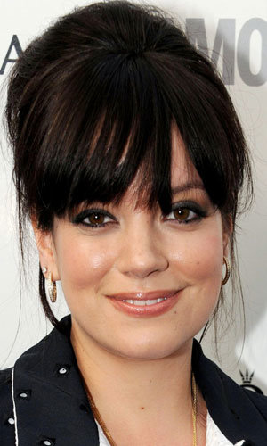 Lily Allen shows off Olympic nail art