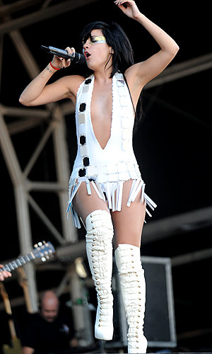 SEE Lily Allen work thigh-high boots at Bestival