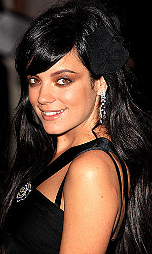 Lily Allen to quit music