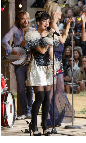 Lily Allen performs at Chanel's Fashion Week show