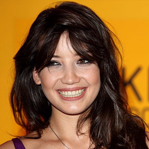 Daisy Lowe hot-foots it to a celebrity chiropodist