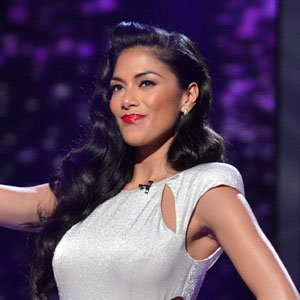 Nicole Scherzinger wows in high street fashion on The X Factor