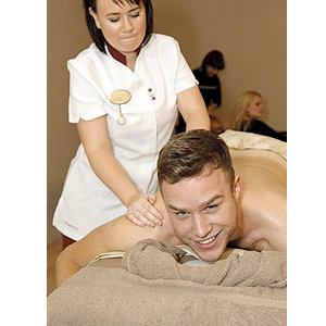 X Factor finalists get pampered - and we have the pics!