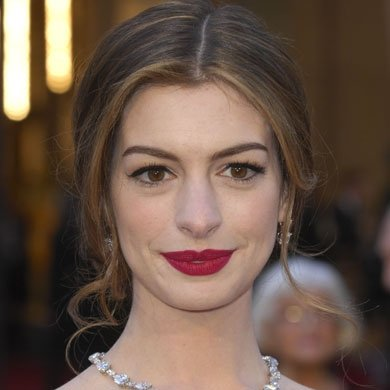 Get Anne Hathaway's red lip Oscars look