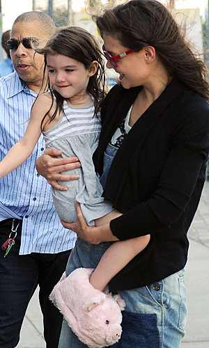 Katie Holmes and Suri make a fashionable pair in Manhattan