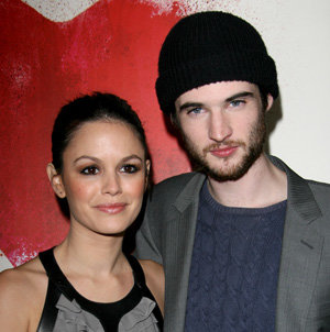 Rachel Bilson wows in Burberry at the Waiting For Forever premiere