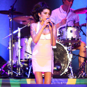 SEE PICS: Amy Winehouse returns to the stage
