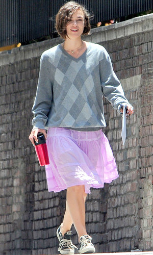 Keira Knightley does pretty in pink on Miami set!