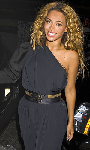 Beyonce, Michelle Williams and Kelly Rowland reunite in NYC!