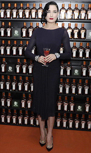 Dita Von Teese does wow-worthy glamour for Cointreau party!