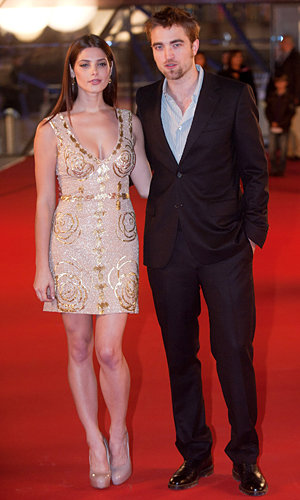SEE PICS: Robert Pattinson and Ashley Greene at The Twilight Saga: Breaking Dawn Part 1 premiere in Brussels!