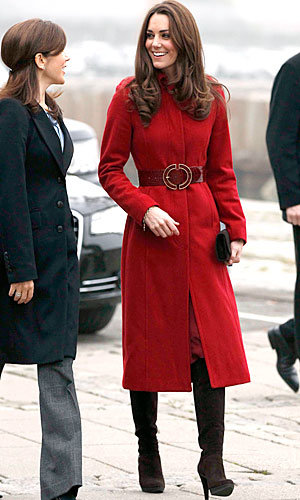 Kate Middleton wraps up in red for UNICEF function