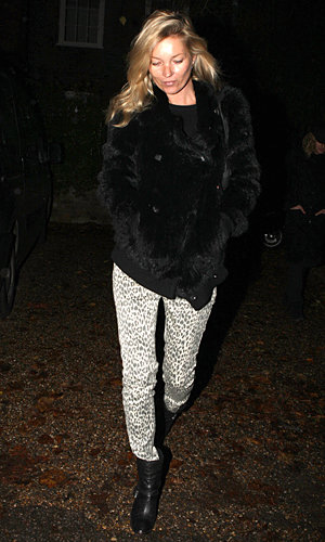 STYLE PIC: Kate Moss rocks animal print trousers!