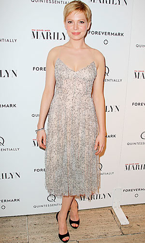 Michelle Williams in Erdem at My Week With Marilyn premiere